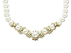 Pearl and 3/8 ct Diamond Necklace in 14K Gold