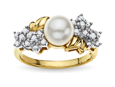 7 mm Pearl and 1/6 ct Diamond Ring in 14K Gold