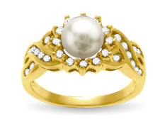 Freshwater Pearl and 3/5 ct Diamond Ring in 14K Gold