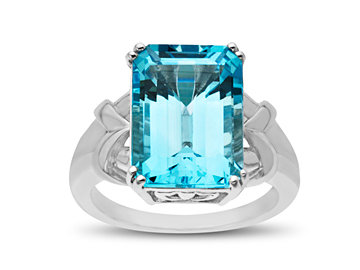 9 5/8 ct Sky Blue Topaz Ring in Sterling Silver