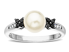 7 mm Pearl and 1/6 ct Diamond Ring in 14K White Gold