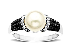Pearl and 1/4 ct Black & White Diamond Ring in 14K White Gold